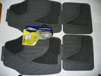 Коврик Goodyear 5004 резиновый с ковролиновой вставкой 30% серый